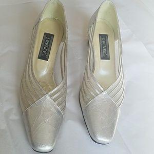J. Renee Silver Leather/Mesh Heels 8.5 EUC